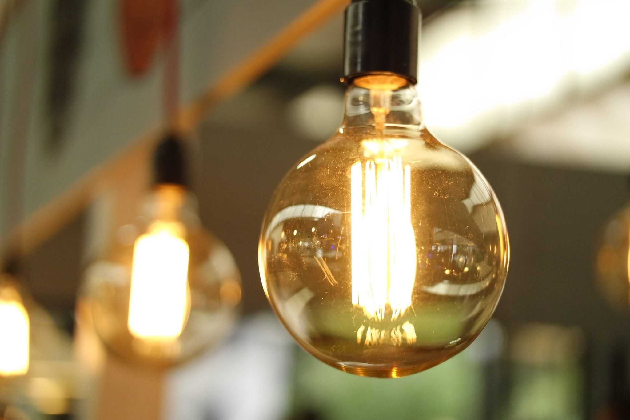 an incandescent bulb which can be replaced with an energy-saving LED globe