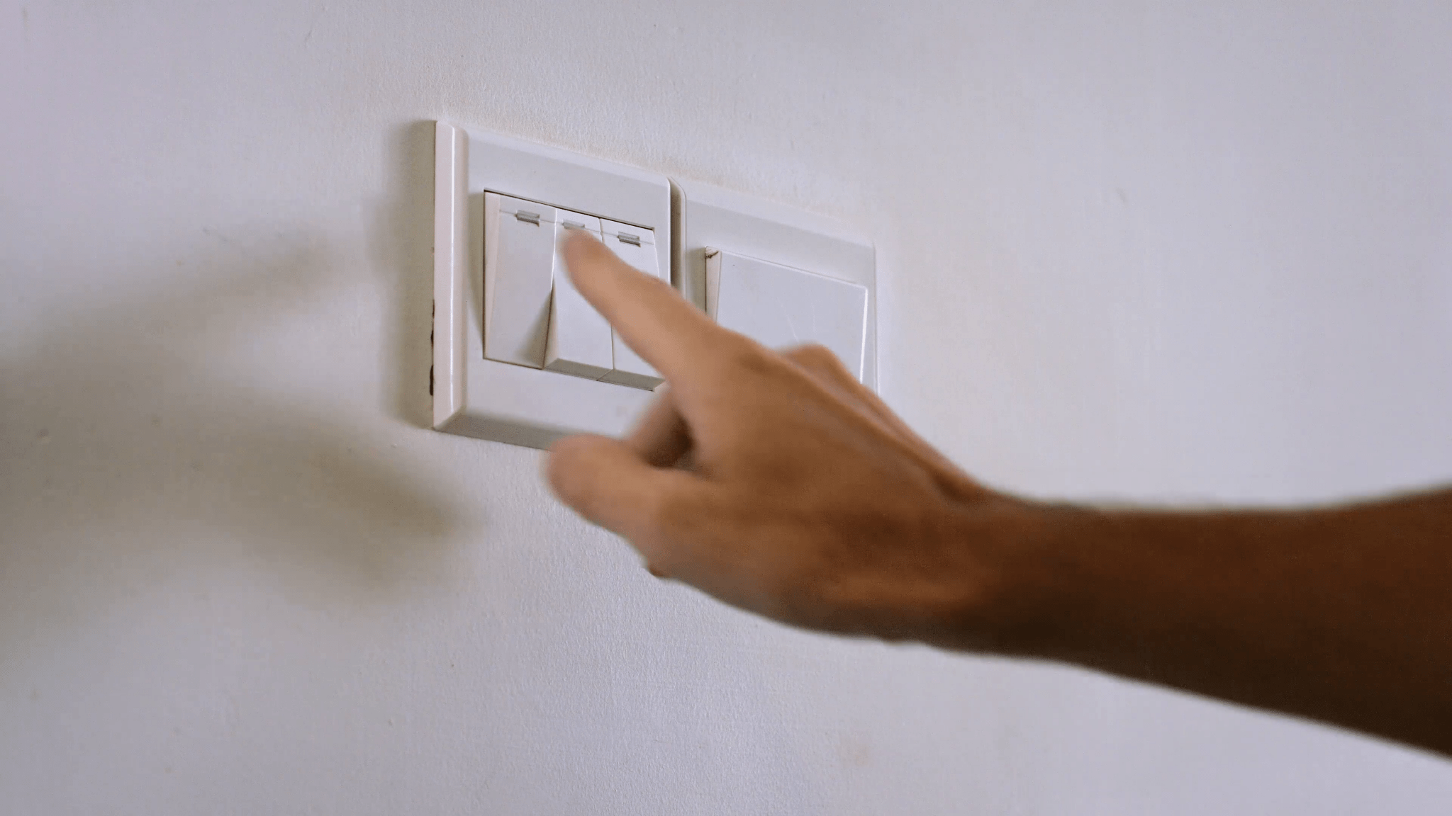 multiple switches for controlling different lights
