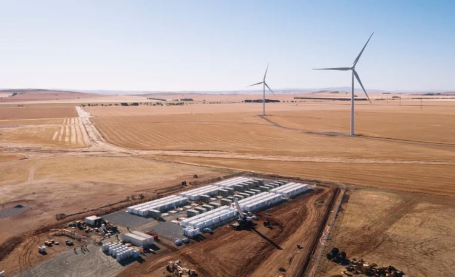 Commercial Battery Storage
