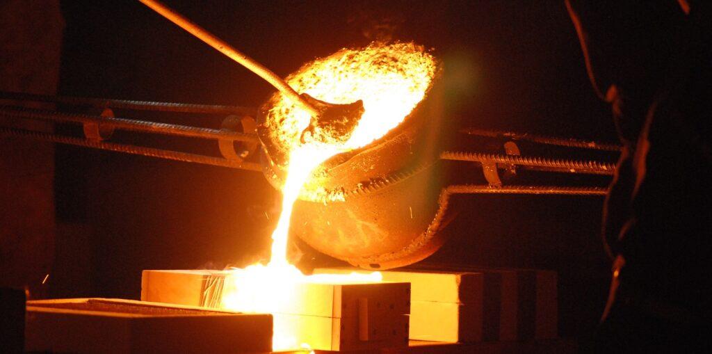molten aluminium ore